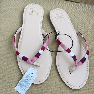 Flip flops Gap 10 new with tags